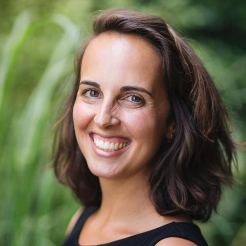 Dr Joana Almeida